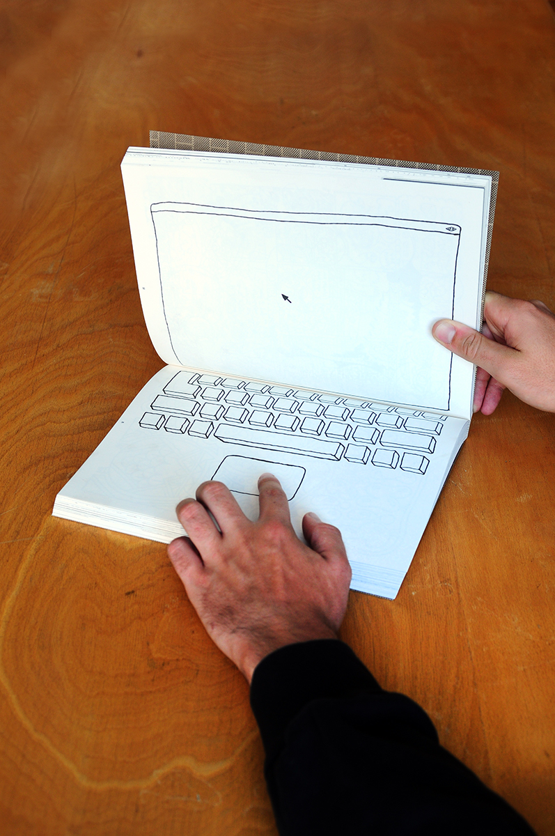 book laptop